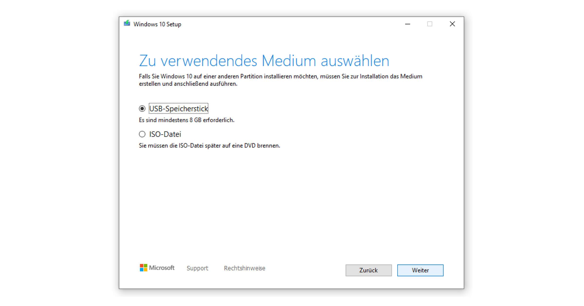 Für die ISO-Datei von Windows 10 benötigst du einen DVD-Brenner